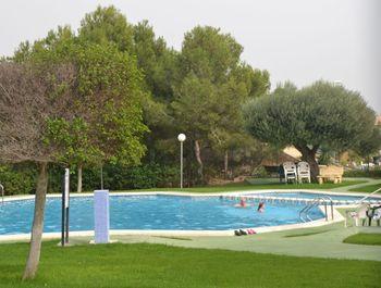 Villamartin Plaza - Pool - Golfplatz - Klima