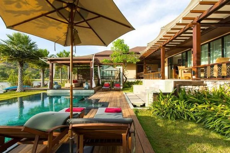 Dasiri Lakefront Dreamvilla In Hua Hin Fully Staffed With 5