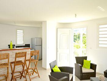 Wohnung mit 2 Schlafzimmern in Les Trois-Îlets mit toller Aussicht auf die Berge, eingezäuntem Garten und W-LAN - 200 m vom Strand entfernt