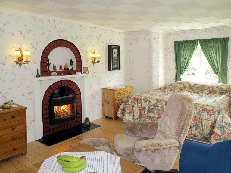 Naturnra lgenhet Vikenvgen 26, Ramsj - Flats for Rent - Airbnb