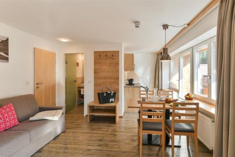 Aparthotel Alpine Lodge Klosterle Am Arlberg Studio Shower
